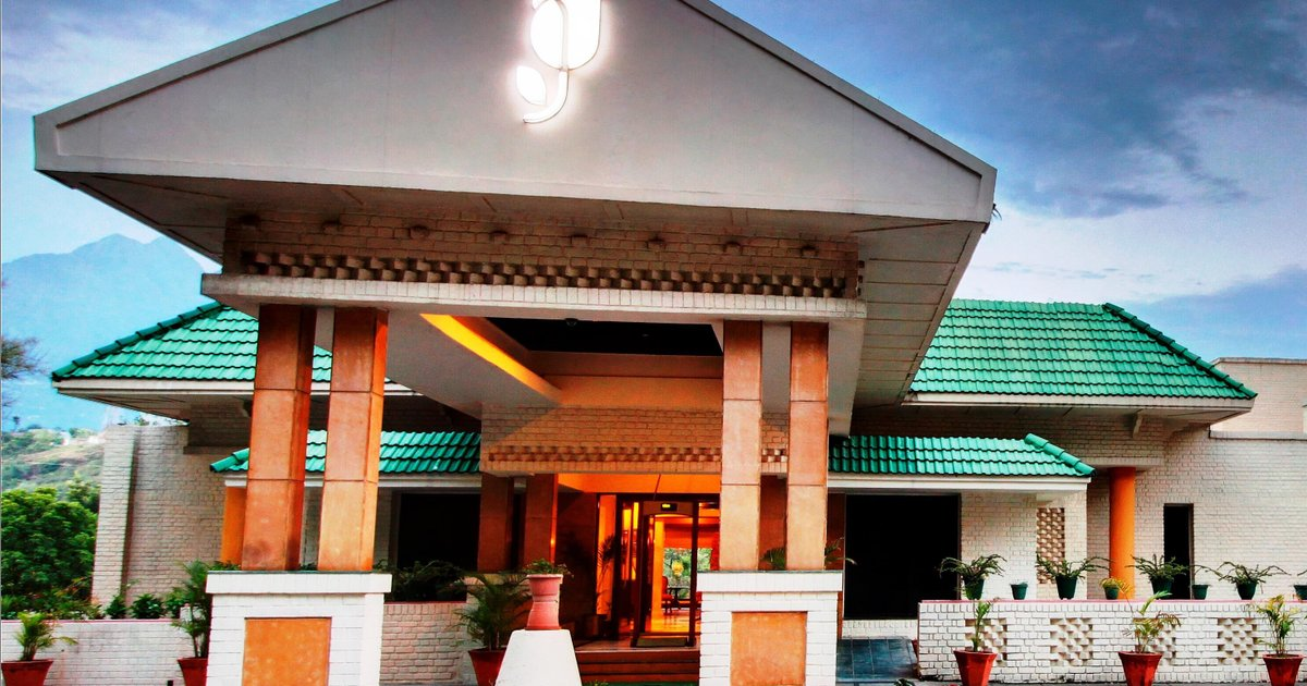 Country Inn & Suites By Radisson Vaishno