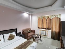 Pets-friendly hotels in Riasi