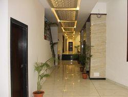 Nathdwara hotels with restaurants