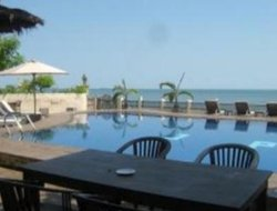 Jepara hotels with restaurants