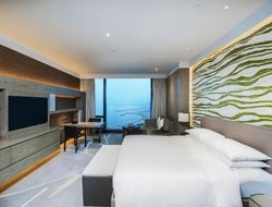 Dalian hotels with sea view