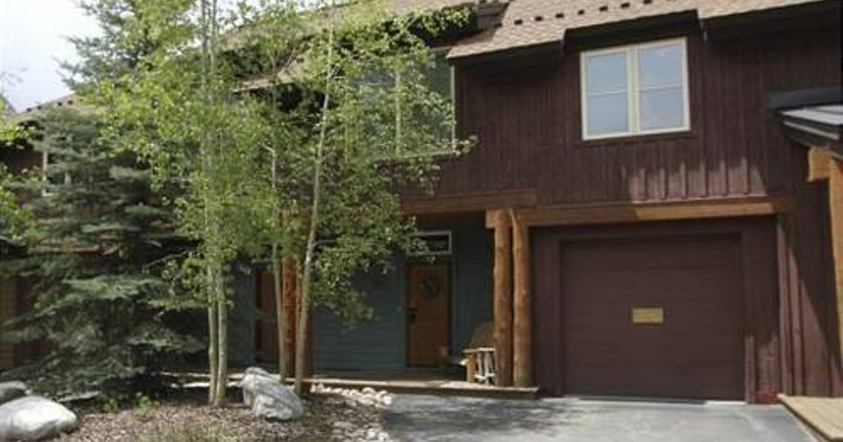 Alpen Rose Townhome 225