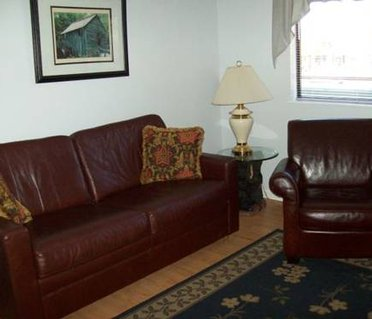 Holly Ridge One Bedroom (Unit 306)