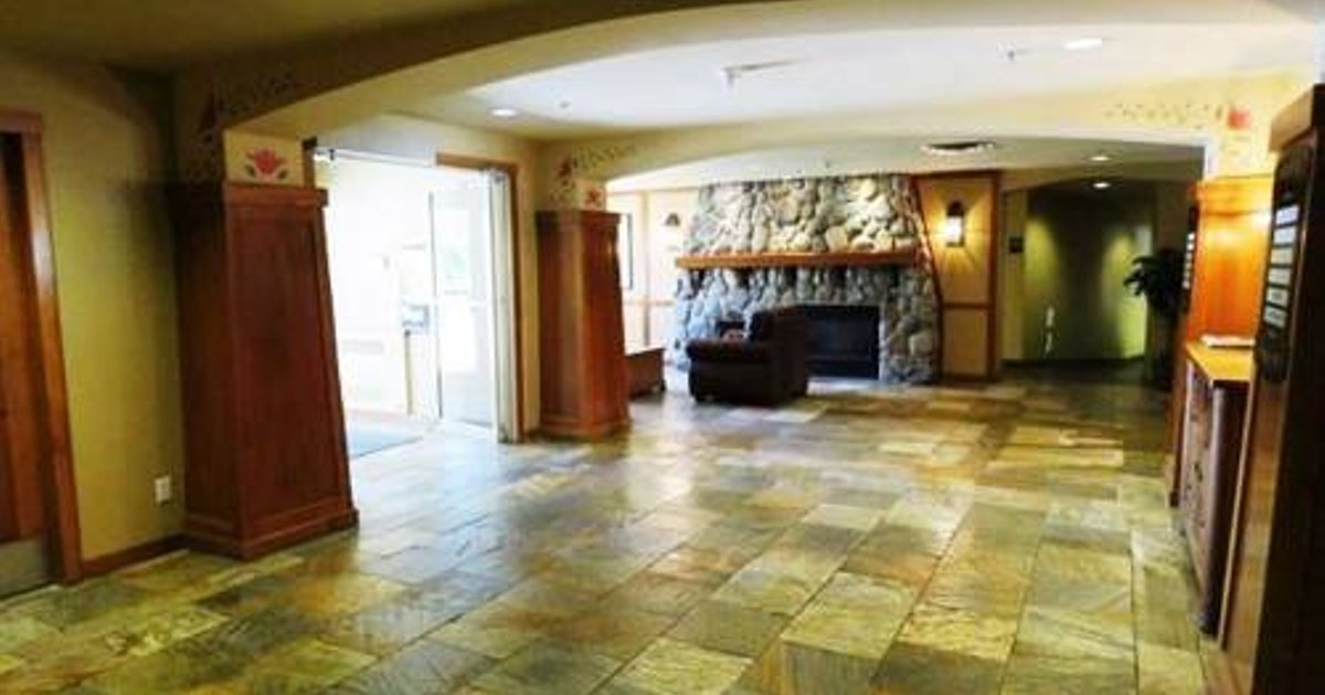 Fireside Lodge Village Center Apartment FS223 British Columbia