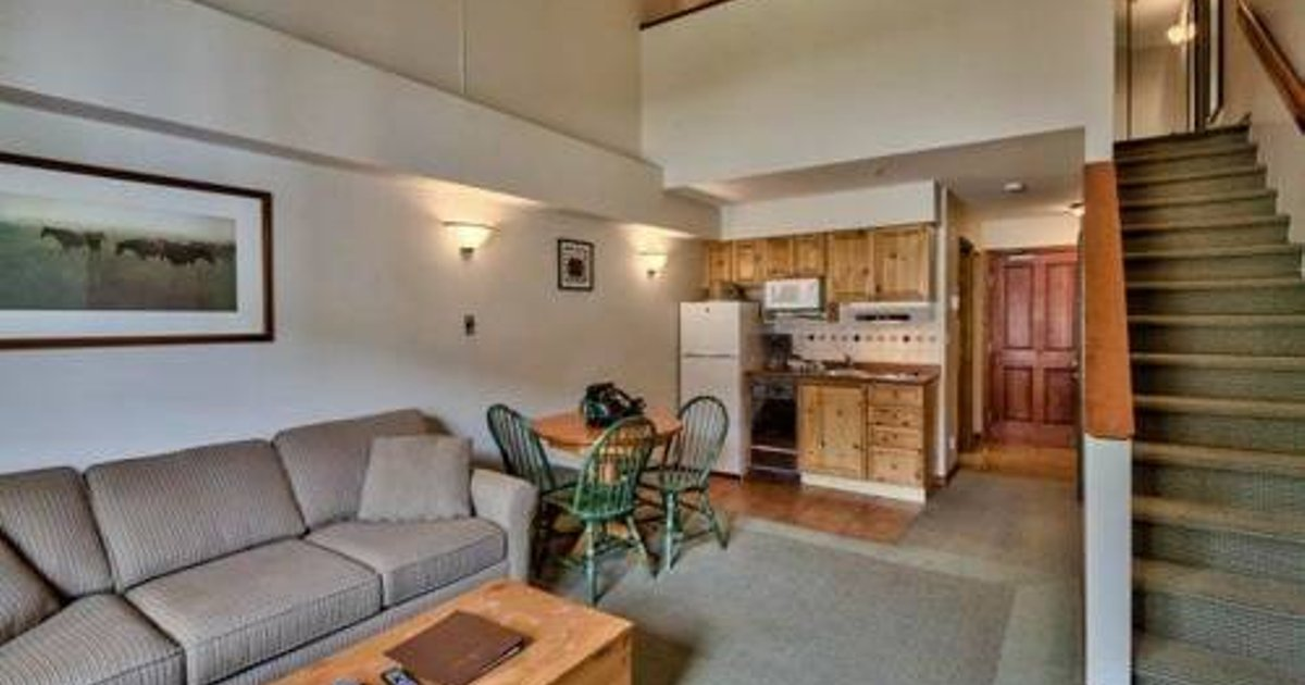 Hearthstone Lodge Village Center Apartment HS336 British Columbia