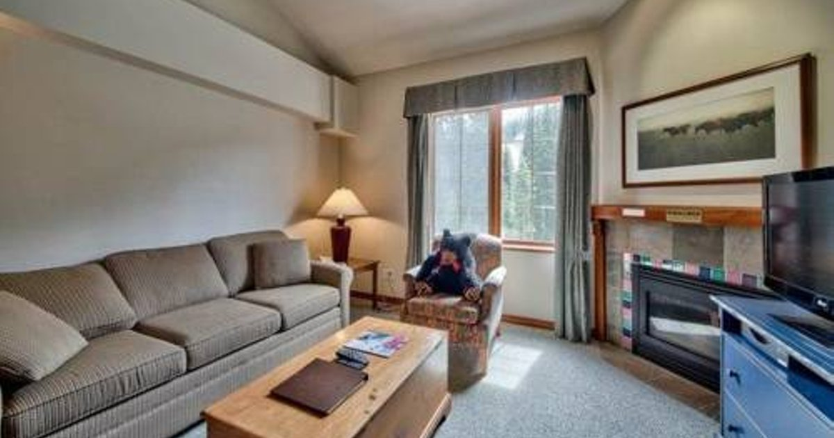 Hearthstone Lodge Village Center Apartment HS331 British Columbia