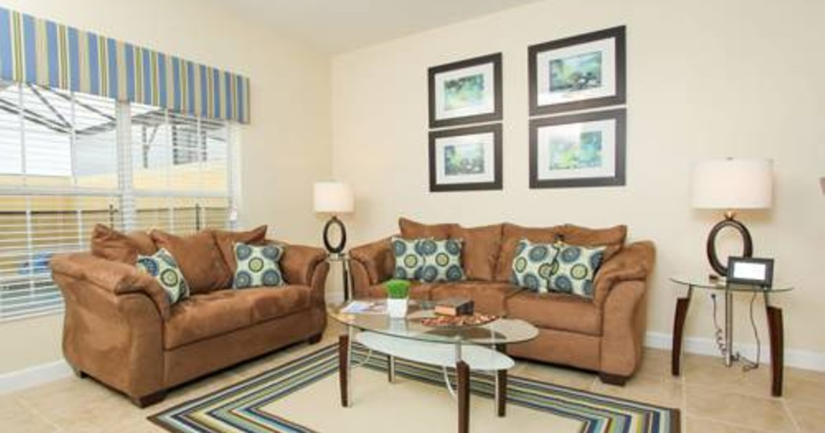 Majesty Palms Townhome 8970