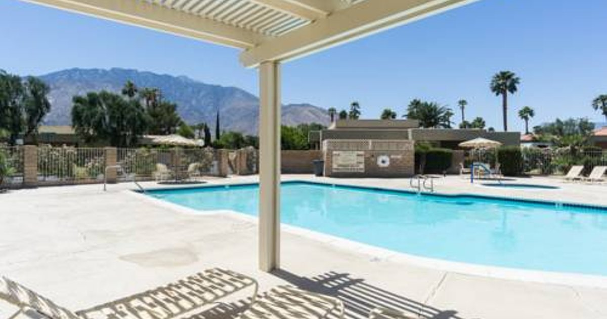 Palm Springs Retreat 1682