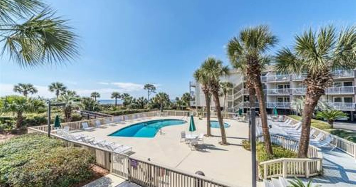 Breakers - One Bedroom Condo - 132