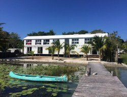 Bacalar hotels with lake view