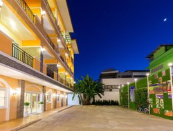 Chiang Rai City hotels with swimming pool