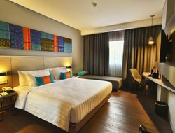 Palembang hotels with restaurants