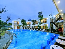 Vietnam hotels with restaurants