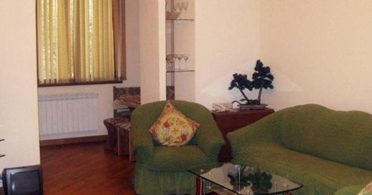1-Bed Apartment on Moskovyan street