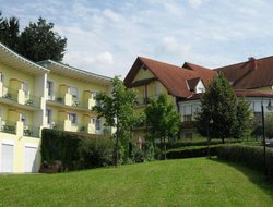 Top-5 hotels in the center of Bad Waltersdorf