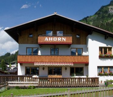 Pension Ahorn