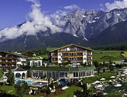 Mieming hotels with restaurants
