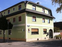 Pets-friendly hotels in Moerbisch am See