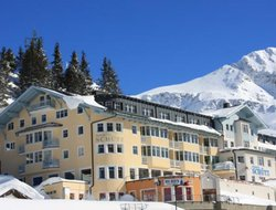 Obertauern hotels with swimming pool