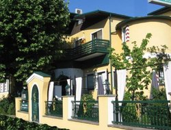 Top-5 hotels in the center of Podersdorf am See