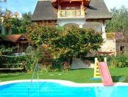 Hungary hotels with swimming pool