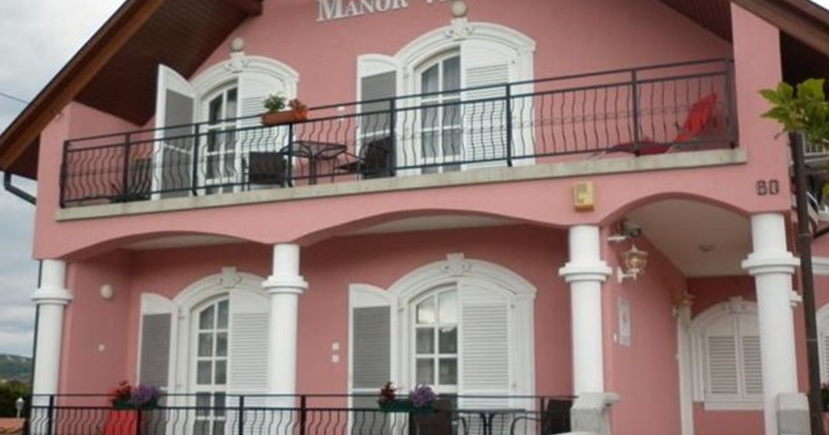 Manor Villa
