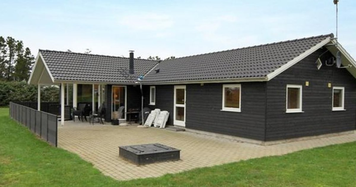 Holiday home Blokhus 269 with Sauna and Terrace