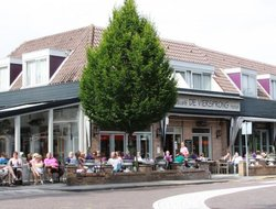 Top-4 hotels in the center of Schoorl