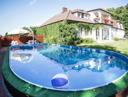 Darlowo hotels with swimming pool