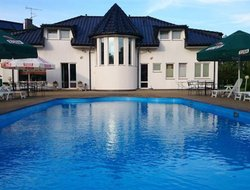 Mielno hotels with swimming pool
