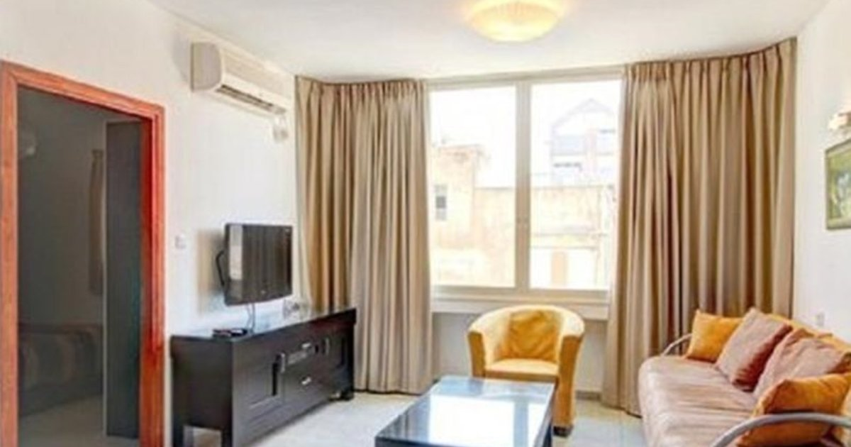 One-Bedroom Apartment Tel Aviv 2