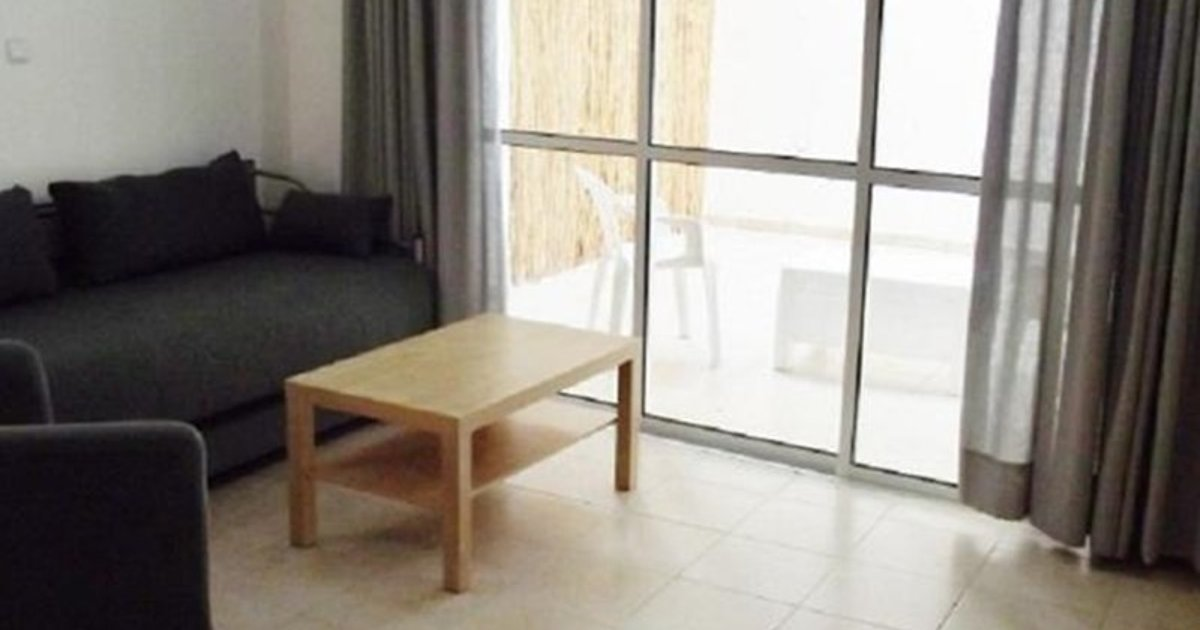 One-Bedroom Apartment Tel Aviv 11