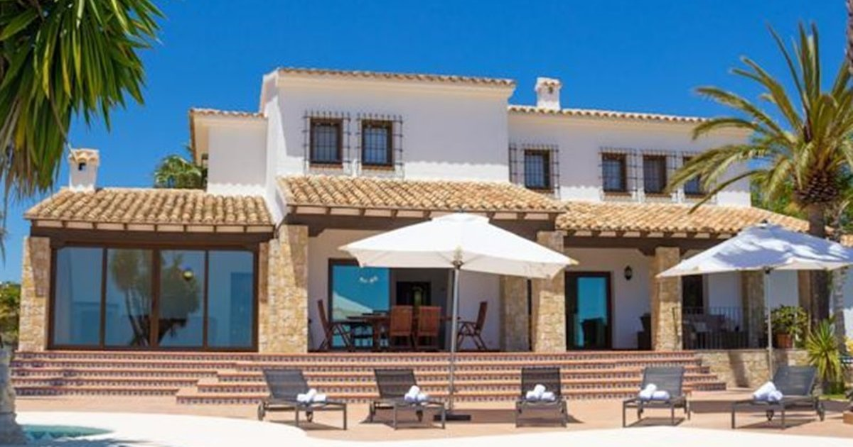 Holiday Villa La Joya