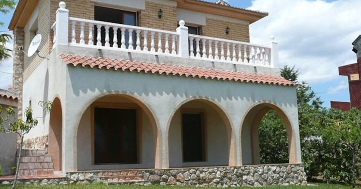 Holiday home Urb Mar Roig LAmpolla