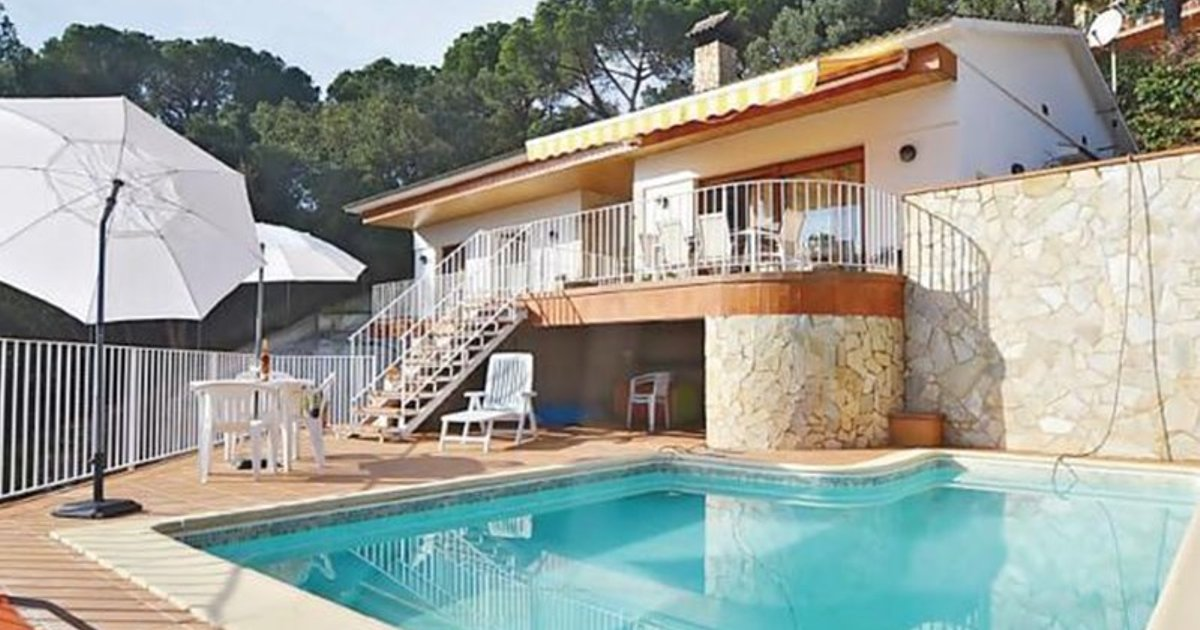 Four-Bedroom Holiday home Lloret de Mar with Mountain View 07