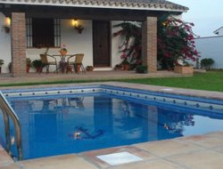 Barbate hotels with swimming pool