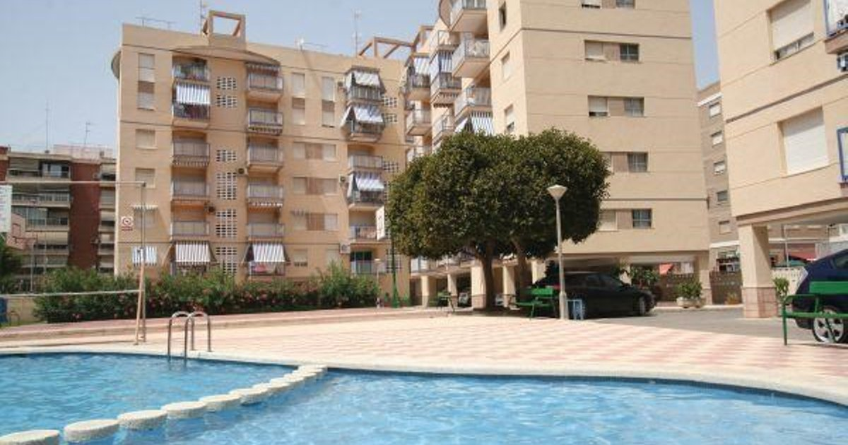 One-Bedroom Apartment Santa Pola with an Outdoor Swimming Pool 05