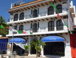 Top-10 hotels in the center of Puerto Escondido