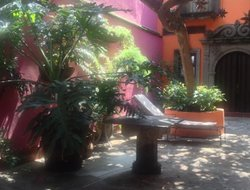 Top-3 romantic Tlaquepaque hotels