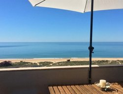 Alvor hotels with sea view