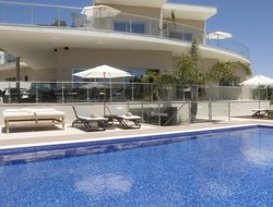 Ferragudo hotels with swimming pool