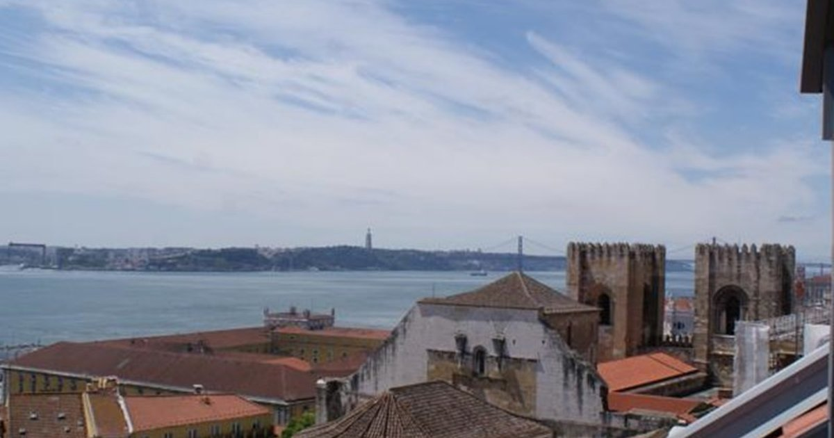 Lisbon Cathedral - Tagus River Views