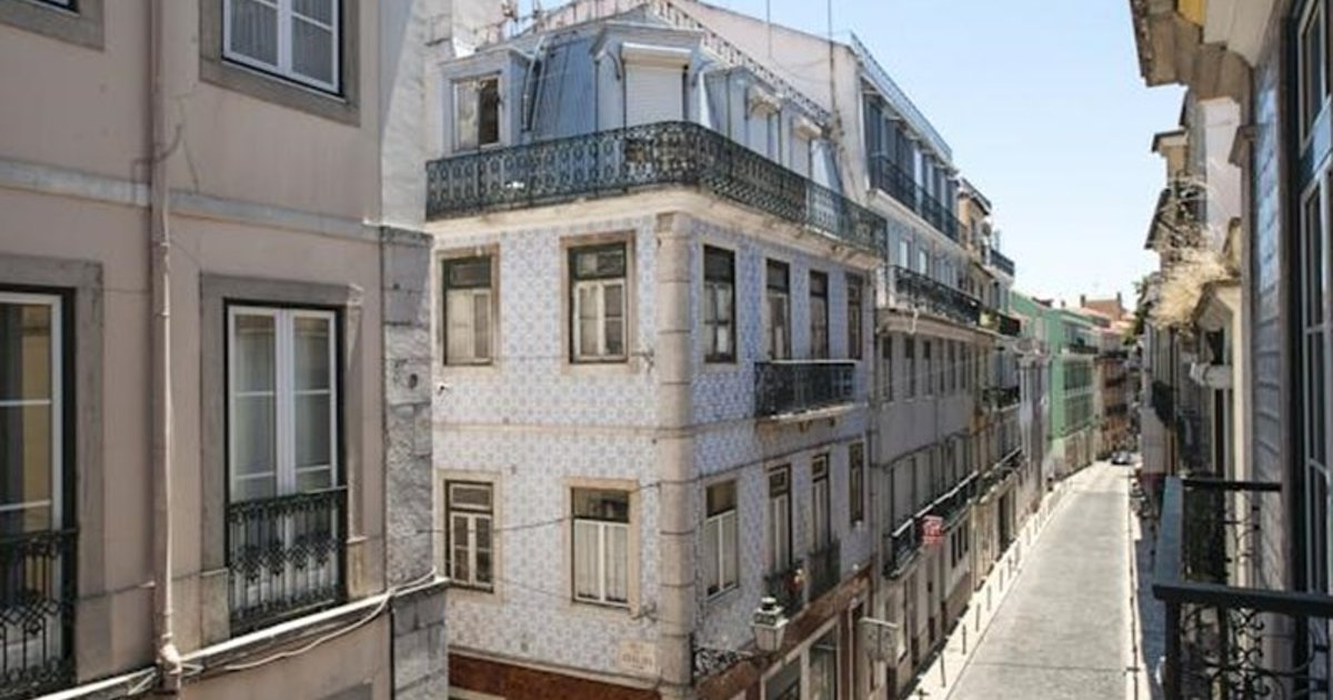 Portuguese Living Barroca Terrace Apartment