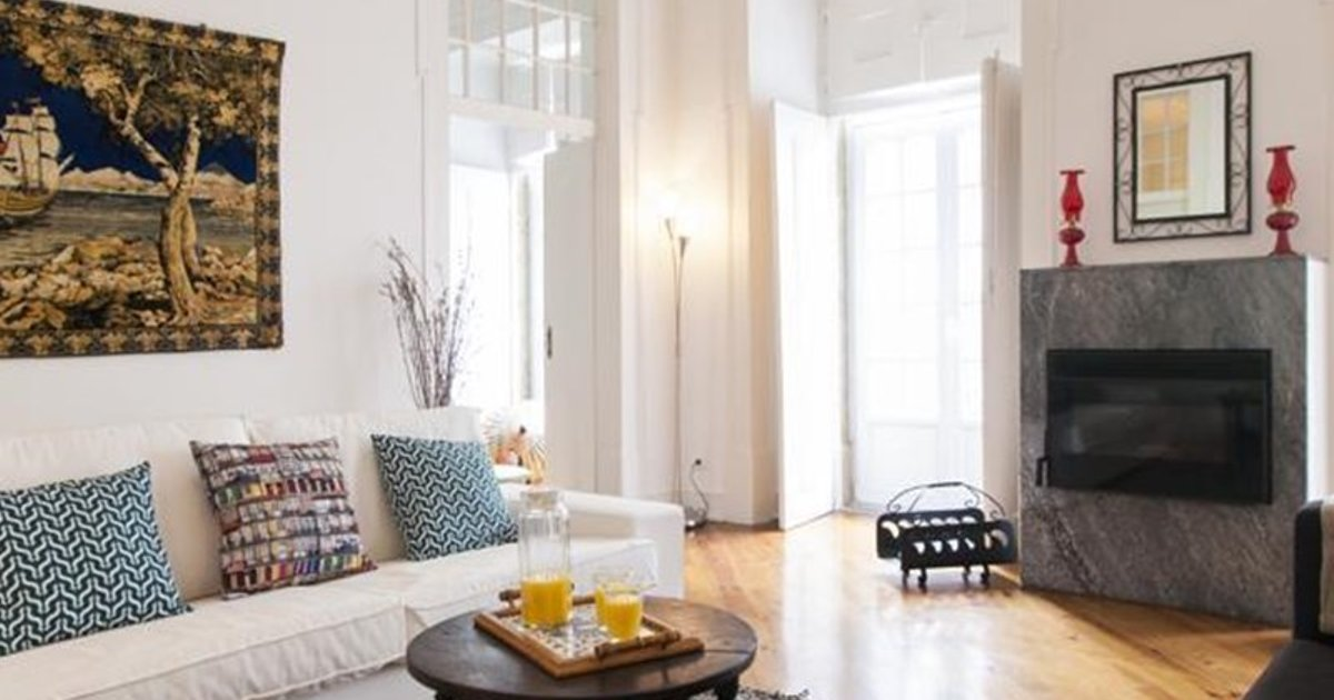 Downtown Vintage Deluxe Apartment | RentExperience.
