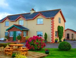 Pets-friendly hotels in Kinsale