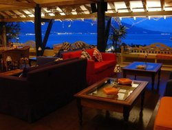 Top-10 hotels in the center of Ilhabela