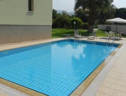 Kissonerga hotels with swimming pool