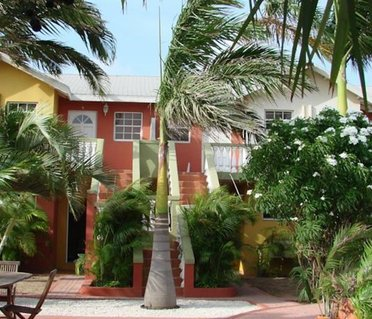 Cunucu Villas - Aruba Tropical Garden Apartments