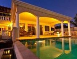 Anguilla hotels with swimming pool