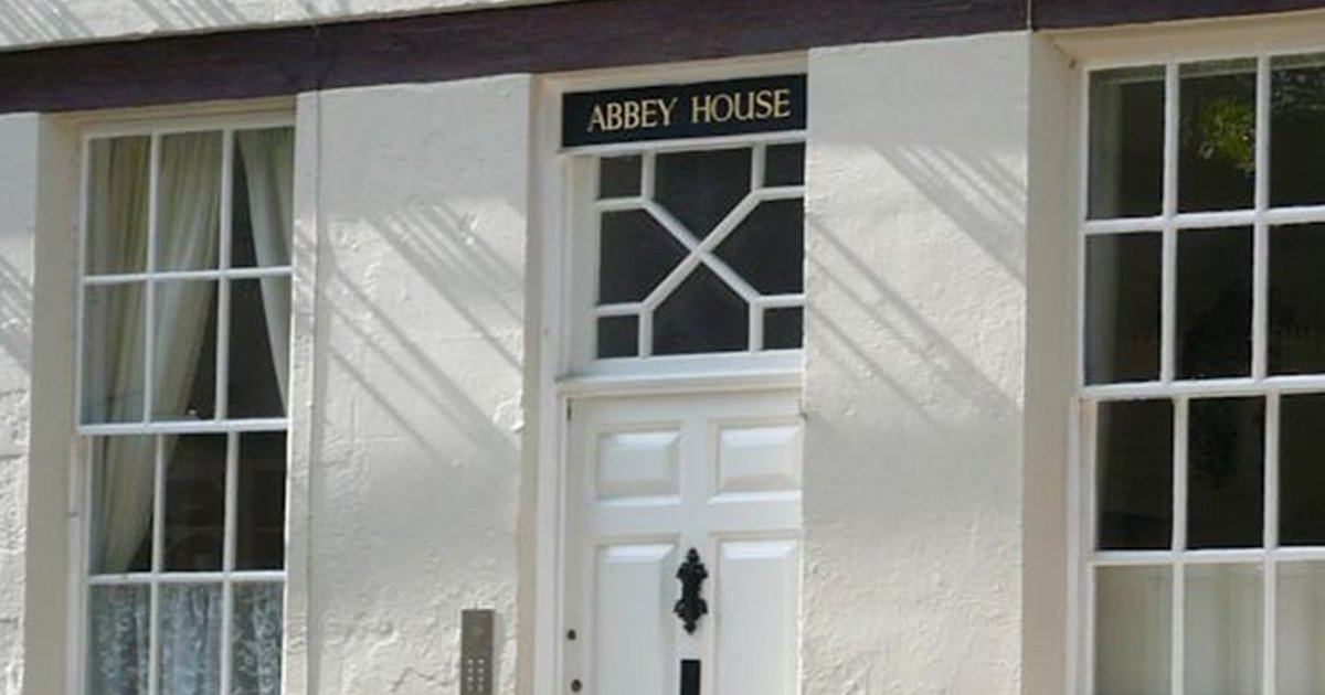 Abbey Studio Apartment